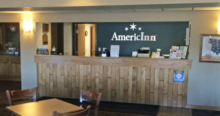 AmericInn Reception Desk